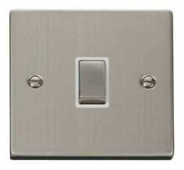 Scolmore Click Deco VPSS722WH 20A 1 Gang DP Ingot Switch - White