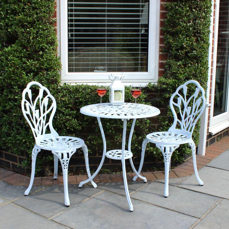Garden Furniture Cast Aluminium Tulip Bistro Table and Chairs