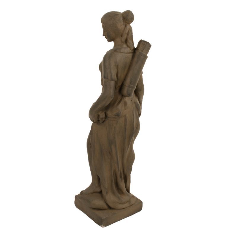 Heidi Hunter Girl Statue - Rust Effect