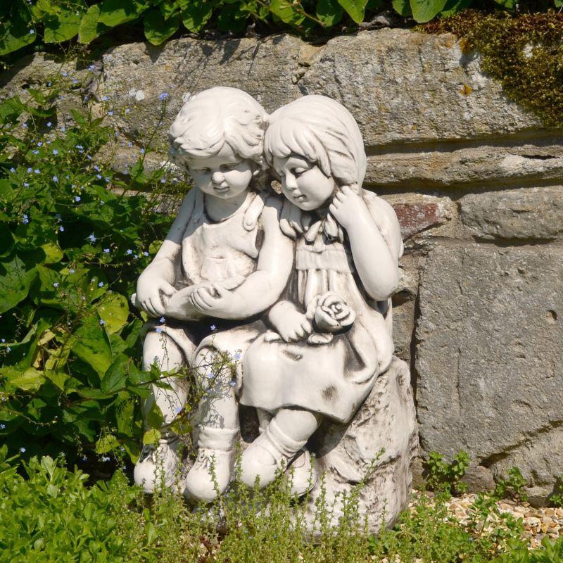 Jack & Jill Sitting Statue - Antique Stone Effect