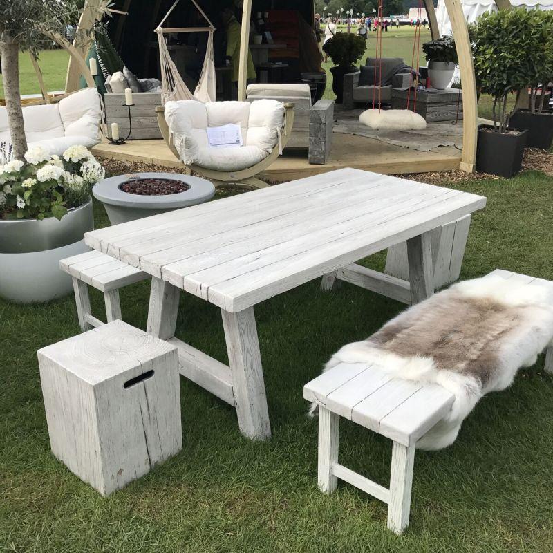 Modern Design Natural Effect Bench