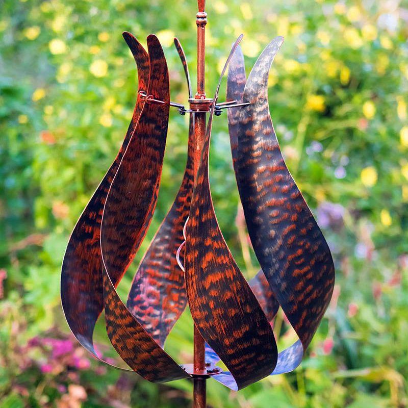 """""""Jubilee"""" Wind Sculpture (Burnished Gold)"""