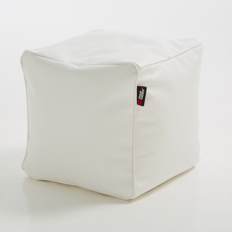 The Pouf Outdoors