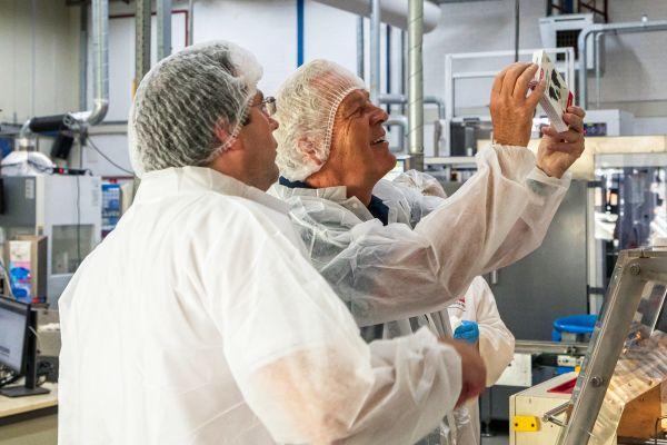 Beaphar celebrates the production of its 250 millionth flea collar