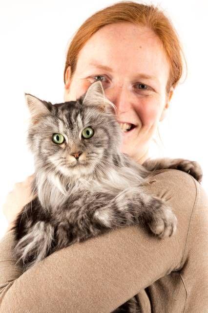 Oksytocyna to hormon, który umacnia więź człowieka i zwierzęcia.