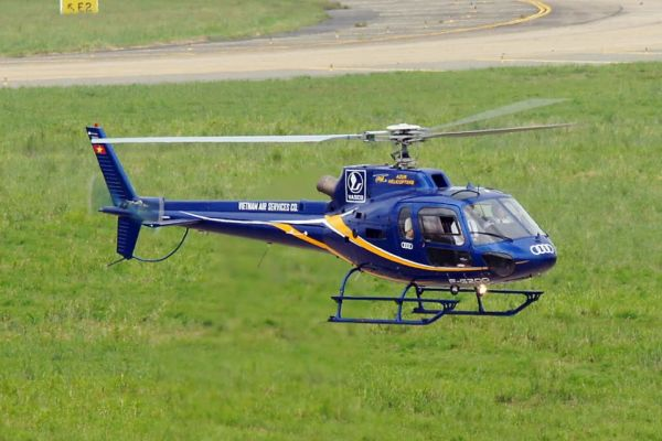 1999 AIRBUS HELICOPTERS AS350B2