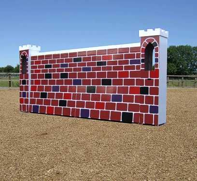 Puissance Wall with Pillars