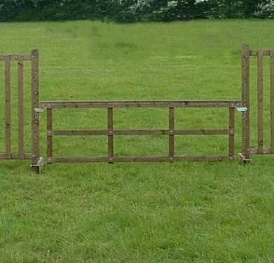 Club Gate
