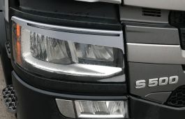 Scania Next Generation Headlight Eyelids / Eyebrows, Silver/Grey (Pair)