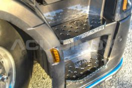 Stainless Steel Mirrored Cabin Step Covers Suitable For Scania S Series - 8 Piece