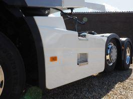 Renault T-High and T Range 6x2 Sideskirts 4.1m, Mid-Lift Wheelbase
