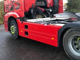 Mercedes Actros (MP4) 4x2 Chassis Side Skirts