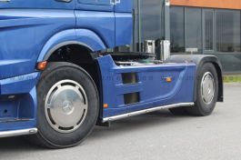 Mercedes Actros 4. Side Skirt Bars. 2011 Onwards. 3850mm. Pre-Wired. With LED's. (Pair).