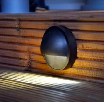 Eyelite 12V Step Light -IP54 - G4 Brass (Rustic Bronze Finish) - VERSA Plug & Play