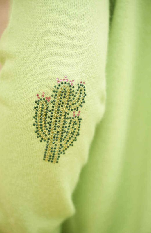 Lime cashmere boyfriend V neck with cactus elbow patches