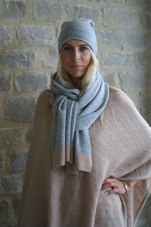 Beautiful cashmere accessories made in China and India.