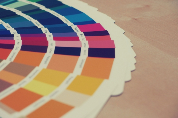 Choosing the right colour for your website and logo